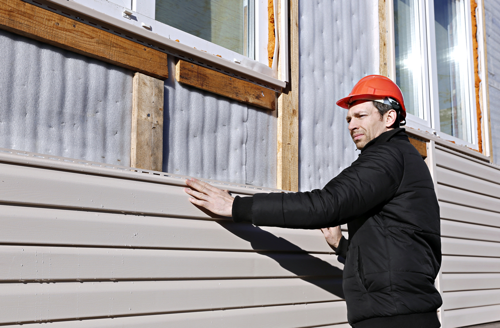 Kelowna Home Inspector Vinyl Siding Inspection